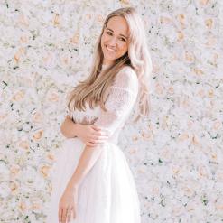 blomvägg vit hyra stockholm