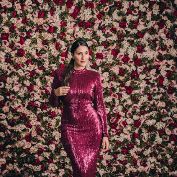 blomstervägg hyra bröllopsdekoration